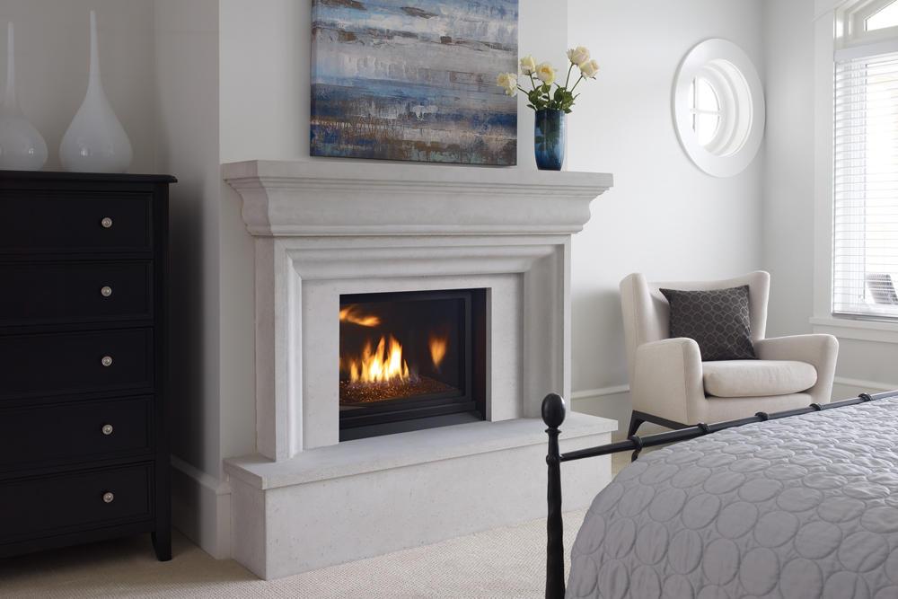 Fireplace Gallery in Edmonton: Regency Horizon HZ33 Contemporary Gas Fireplace