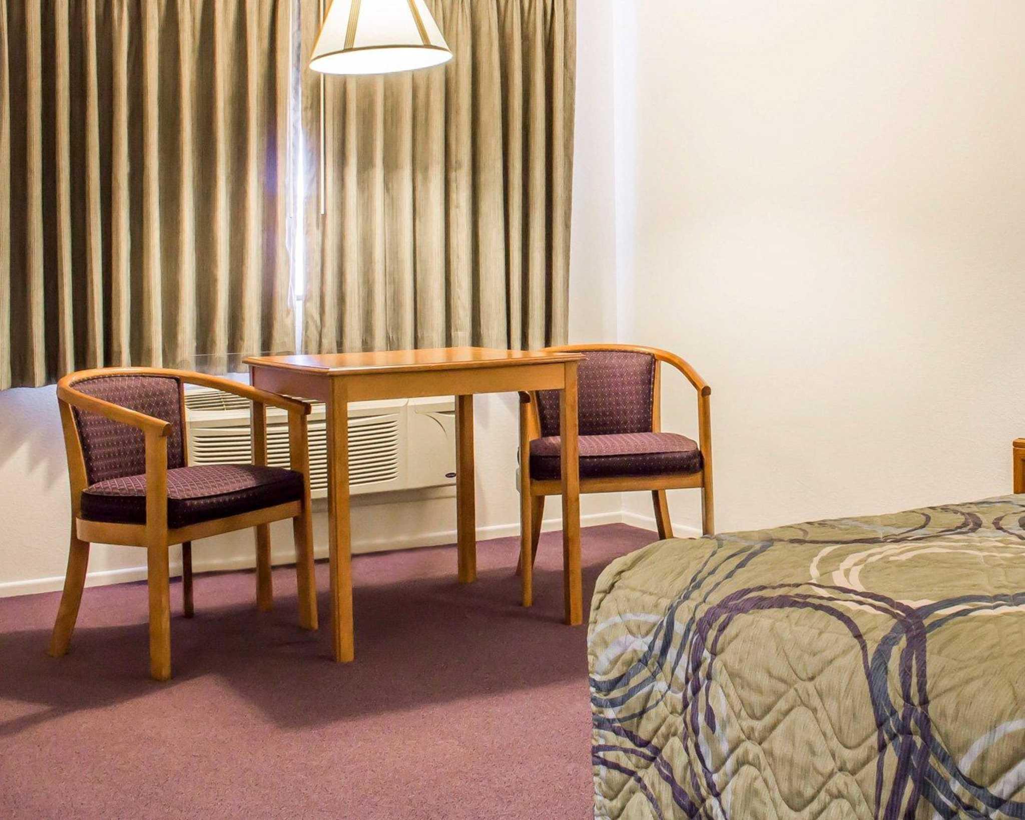 Hotels Near Snowflake Az