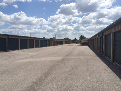 storage and commercial storage solutions in the tampa bay area