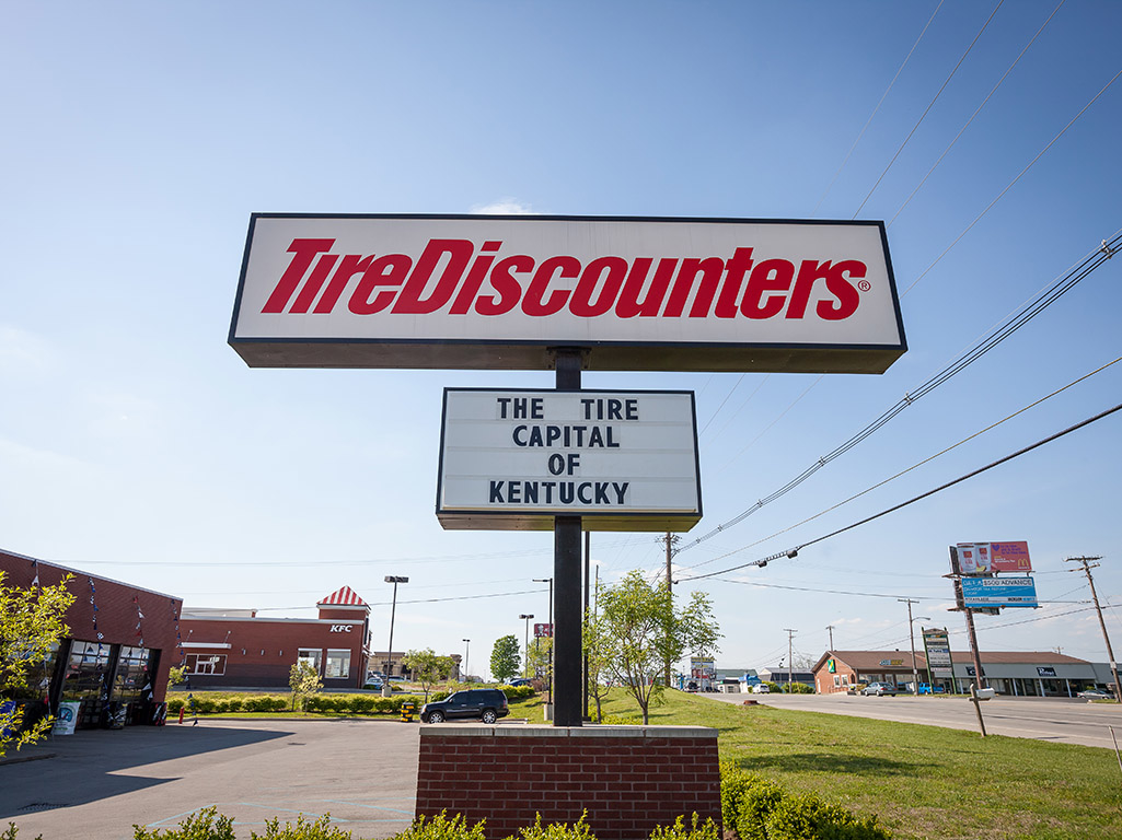 Crossroads Ford Frankfort Ky >> Tire Discounters, Frankfort Kentucky (KY) - LocalDatabase.com