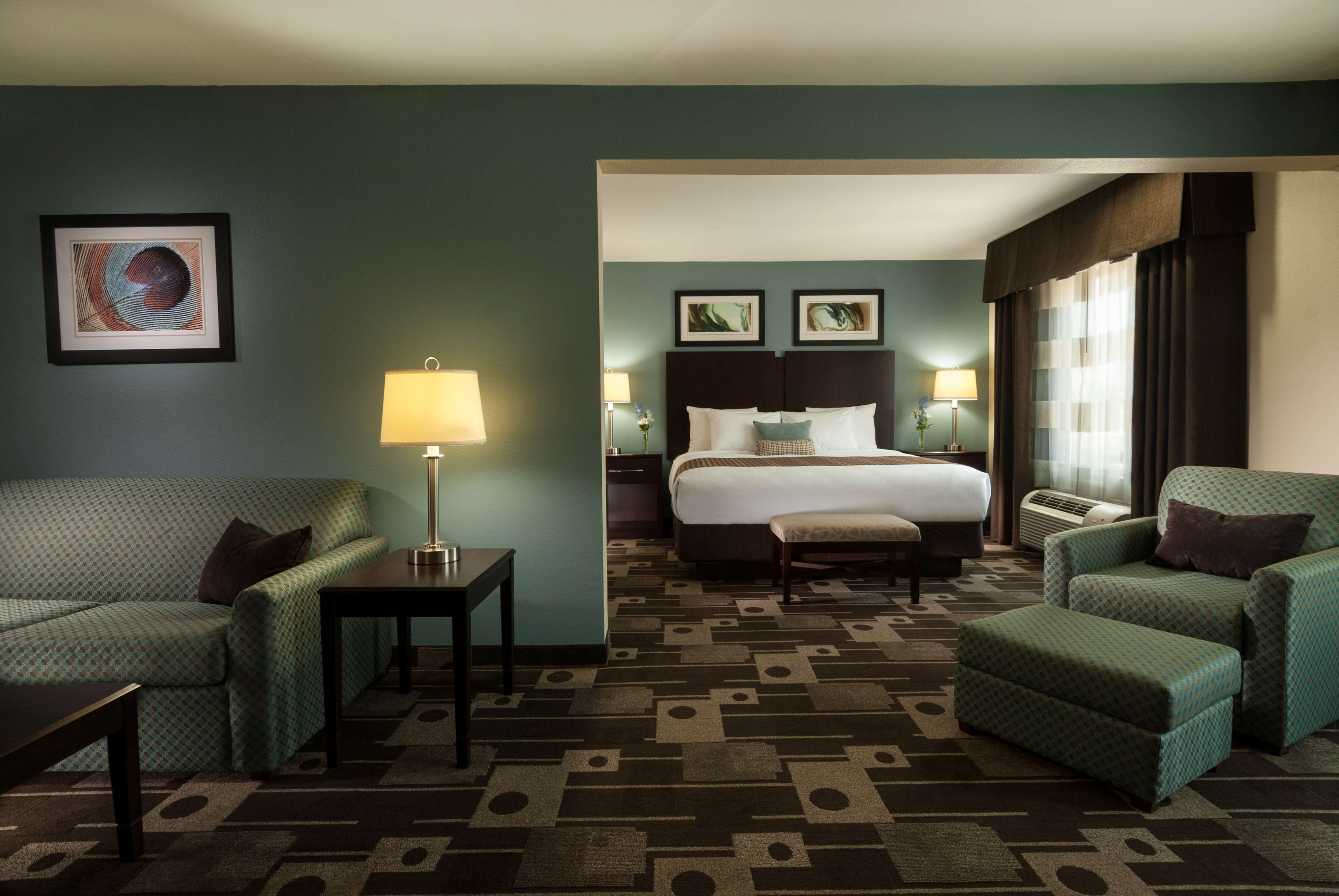 Hotels Near George Bush Houston Airport