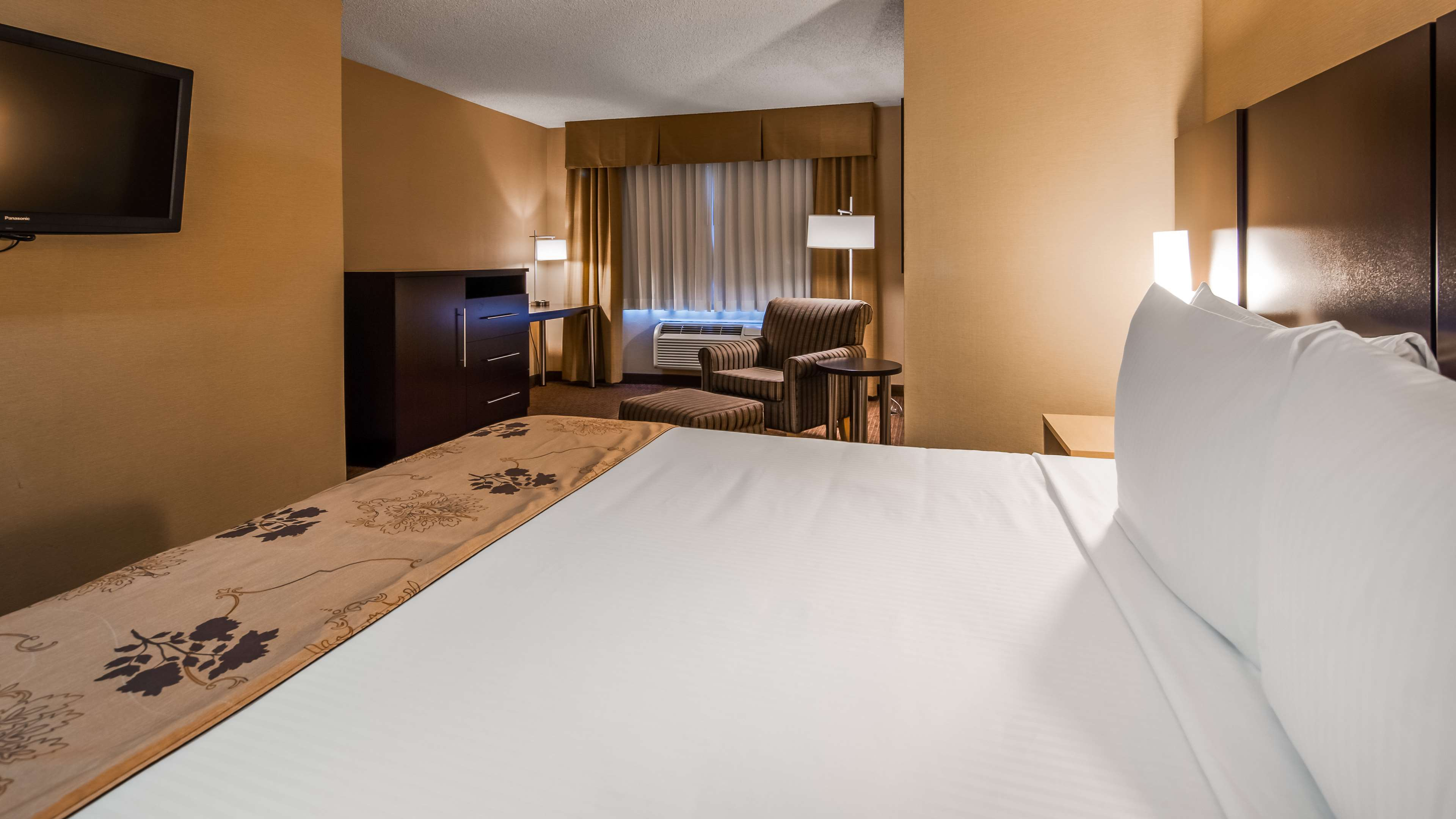 King Guest Room Best Western Seattle Airport Hotel Seattle (206)878-3300