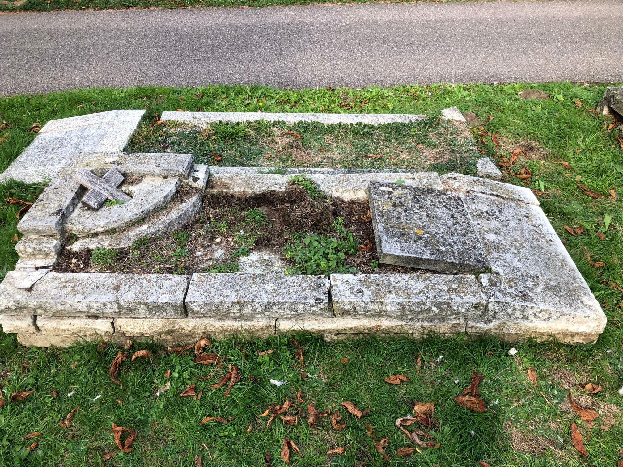 Art in Stone Memorials Ltd