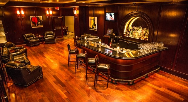 Del Frisco's Double Eagle Steakhouse Charlotte Cellar Bar private dining room