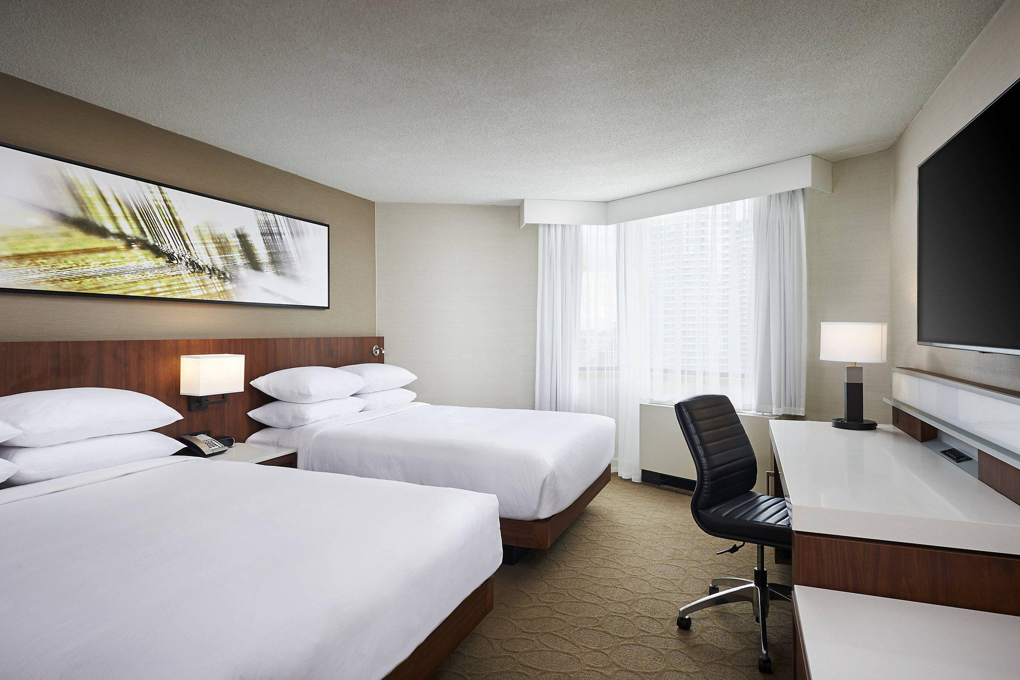 Images Delta Hotels by Marriott Toronto Mississauga