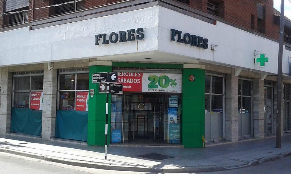 FARMACIA FLORES
