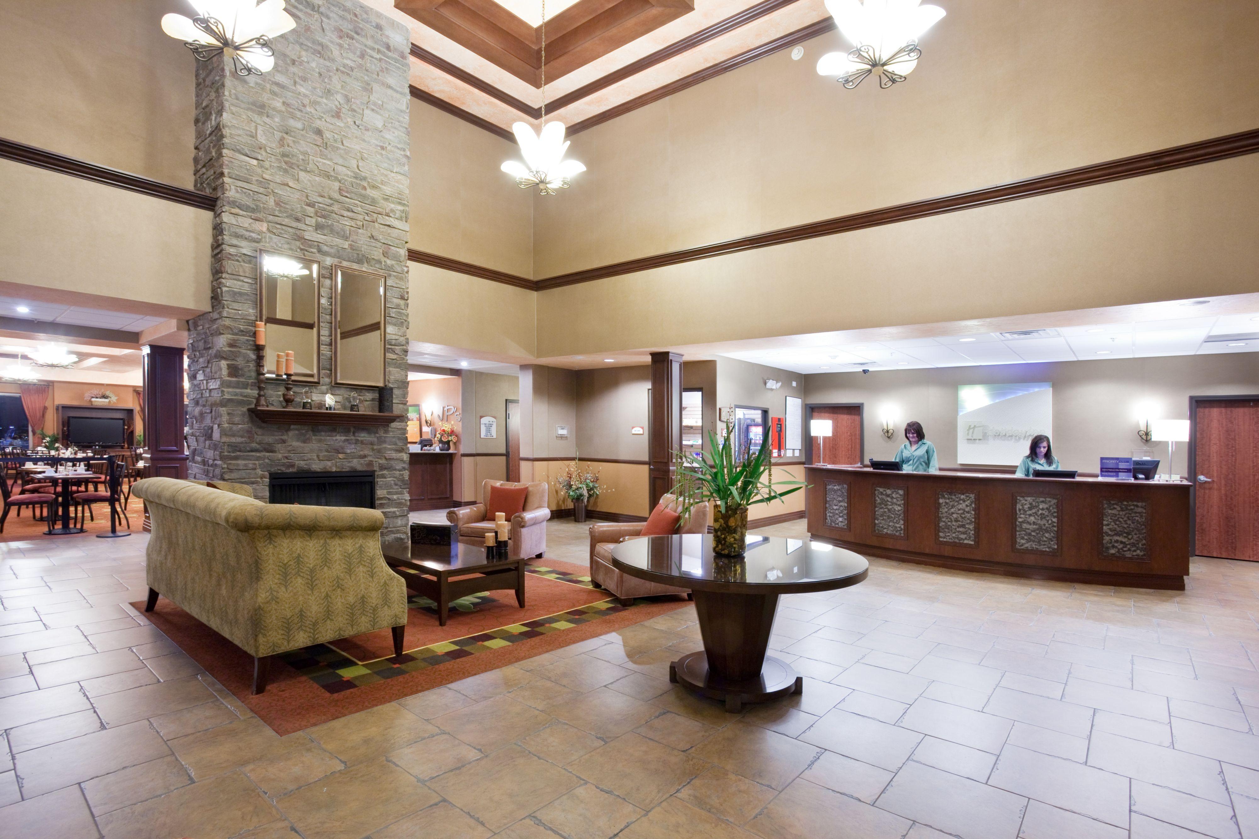 Enterprise Rent A Car Holiday Inn Dia