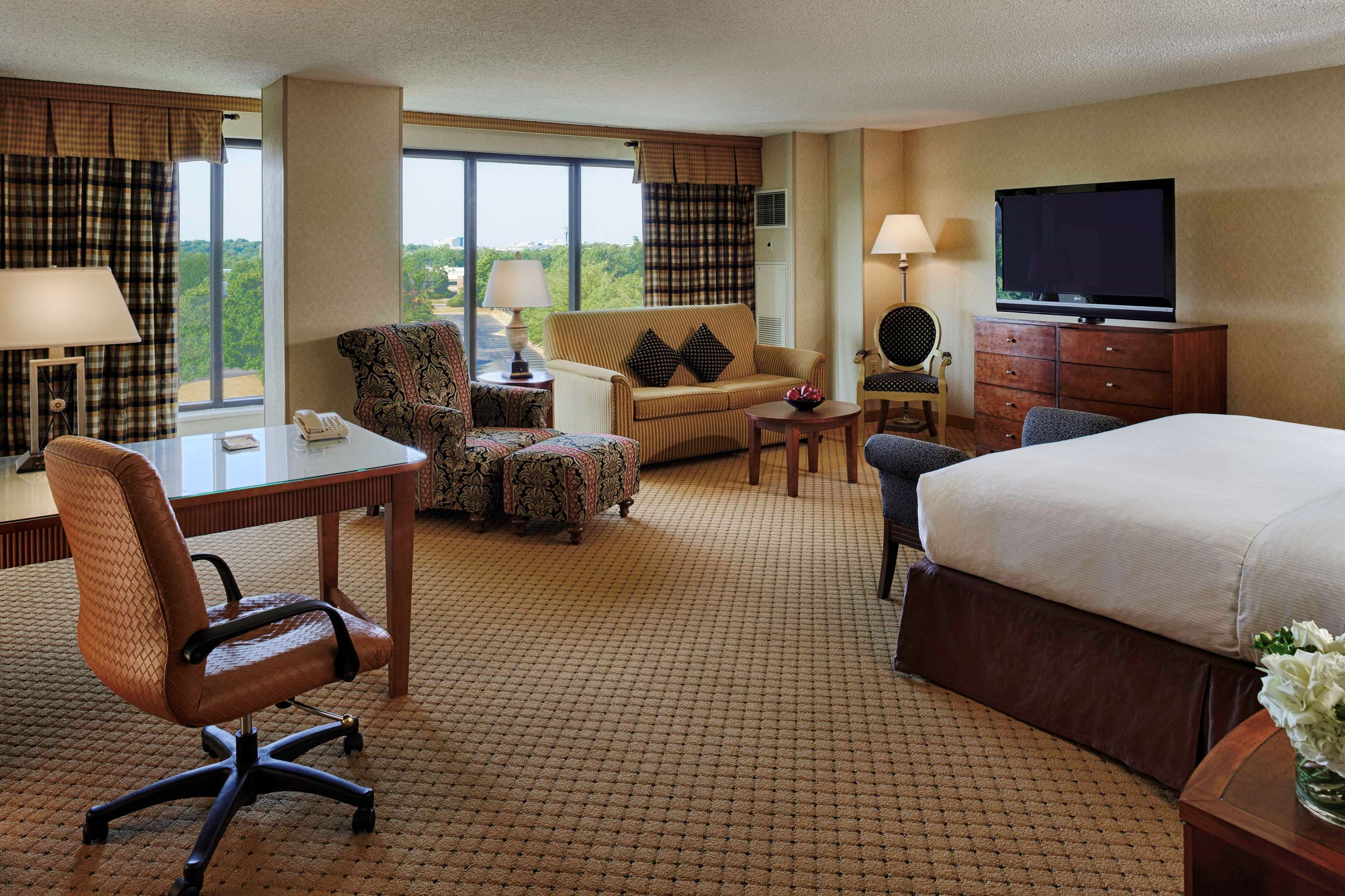 Hotel near Dulles Airport | Washington Dulles Airport Marriott