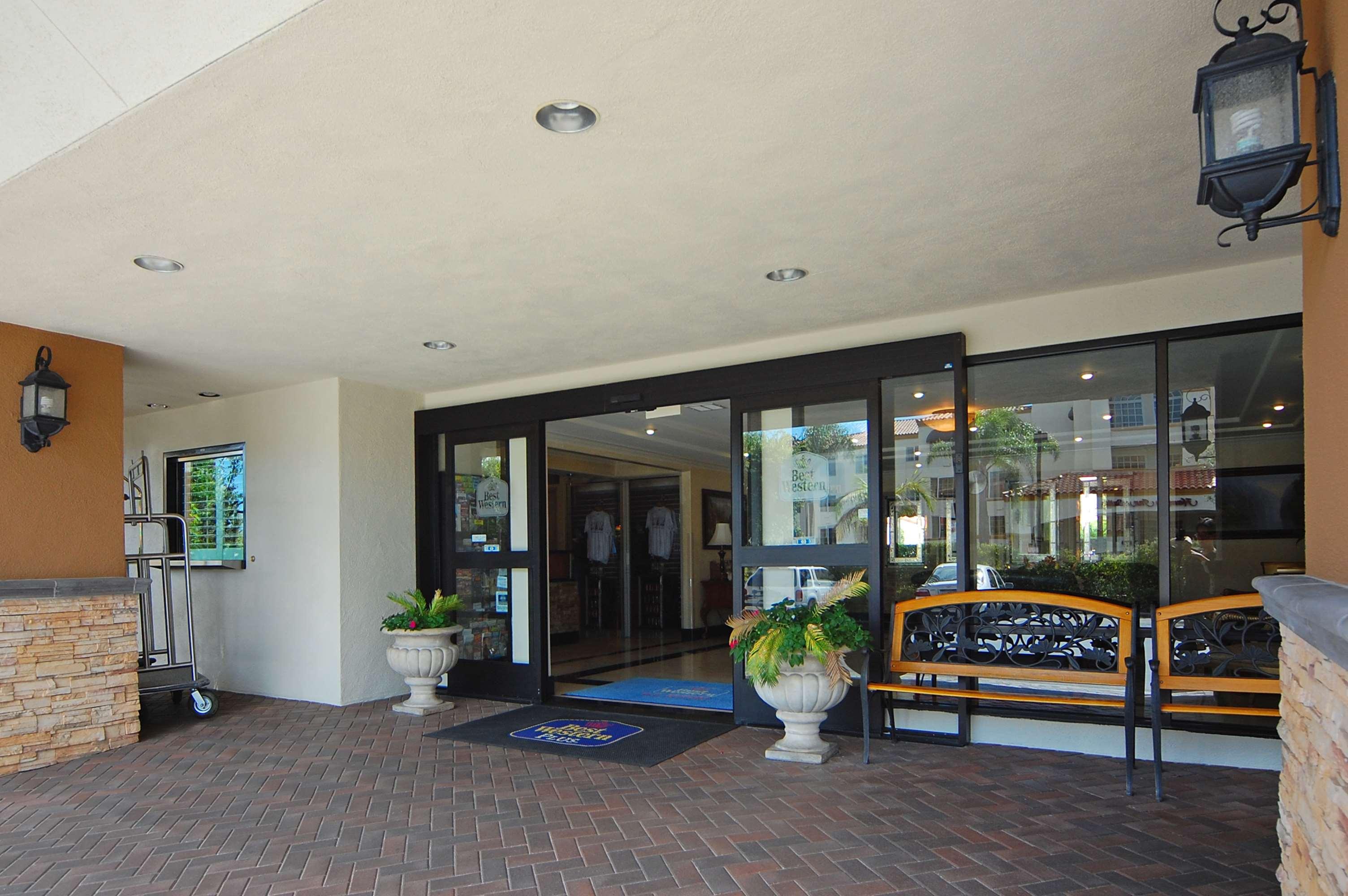 Hotels Near John Wayne Airport I Best Western Plus Orange