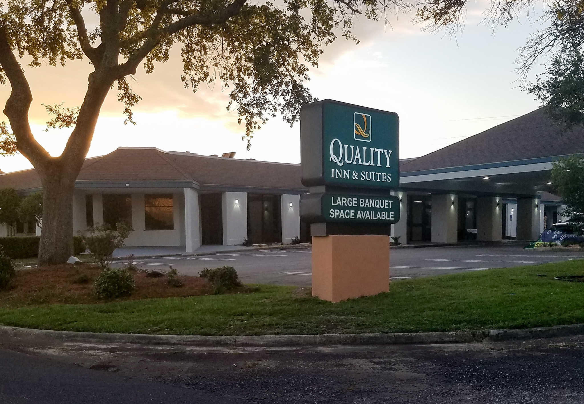 Quality Inn And Suites Pensacola Beach Fl