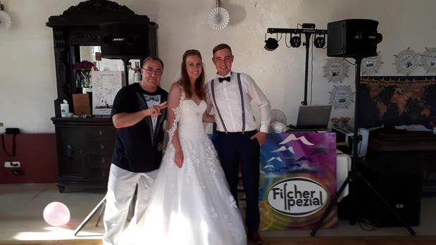 Kundenbild groß 1 DJ Fischer Spezial