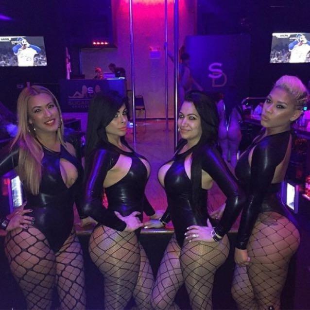 Foxy gentlemen's club