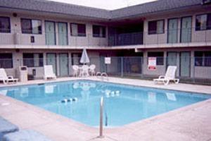 Motel 6 Gulfport image 0