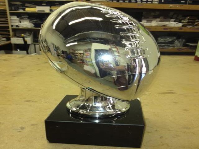 Crown Trophy image 14