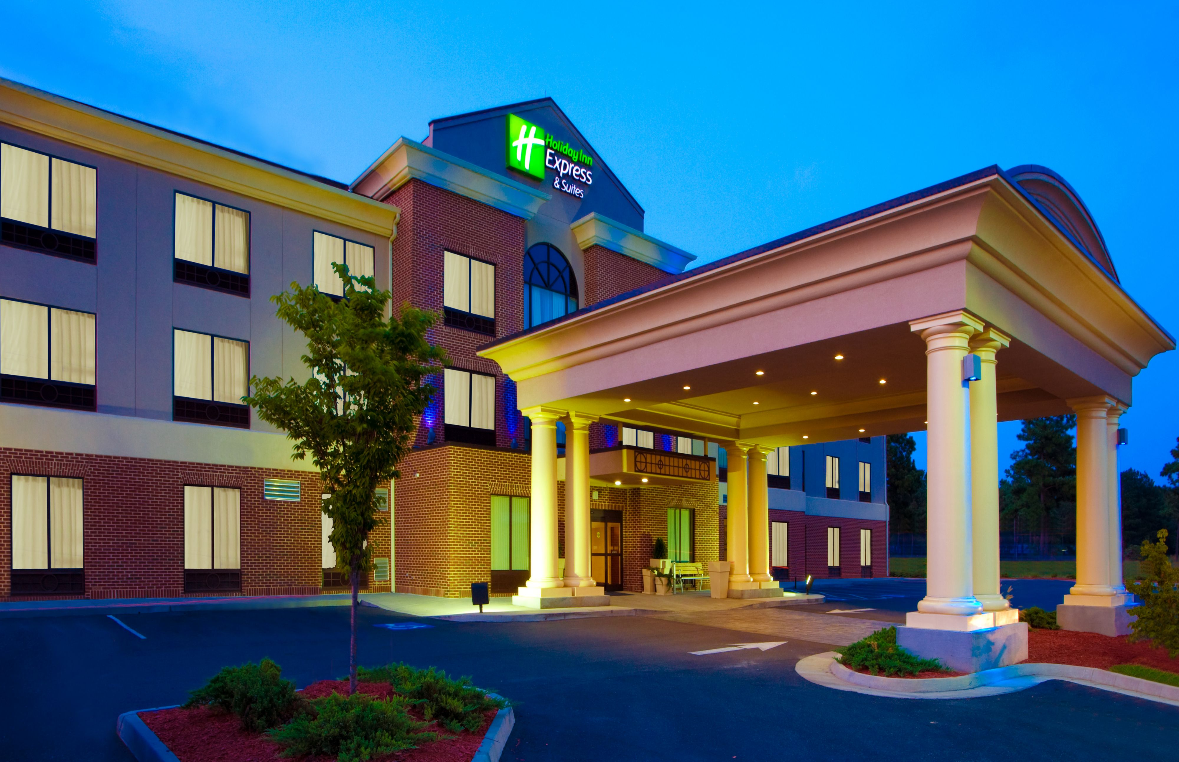 Holiday Inn Express Suites Tampa I 75 Bruce B Downs Tampa Fl