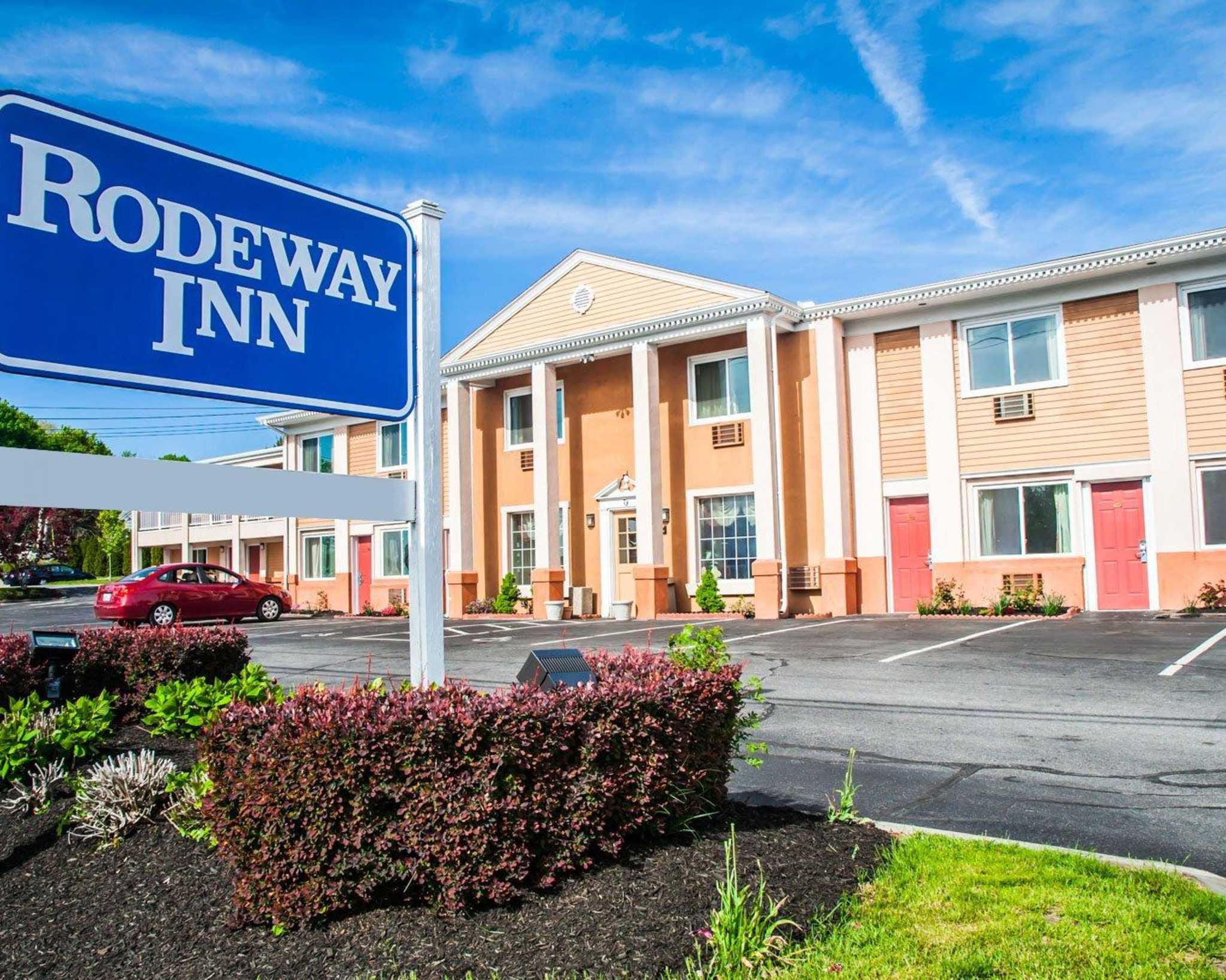 Hotels Near Middletown Ri