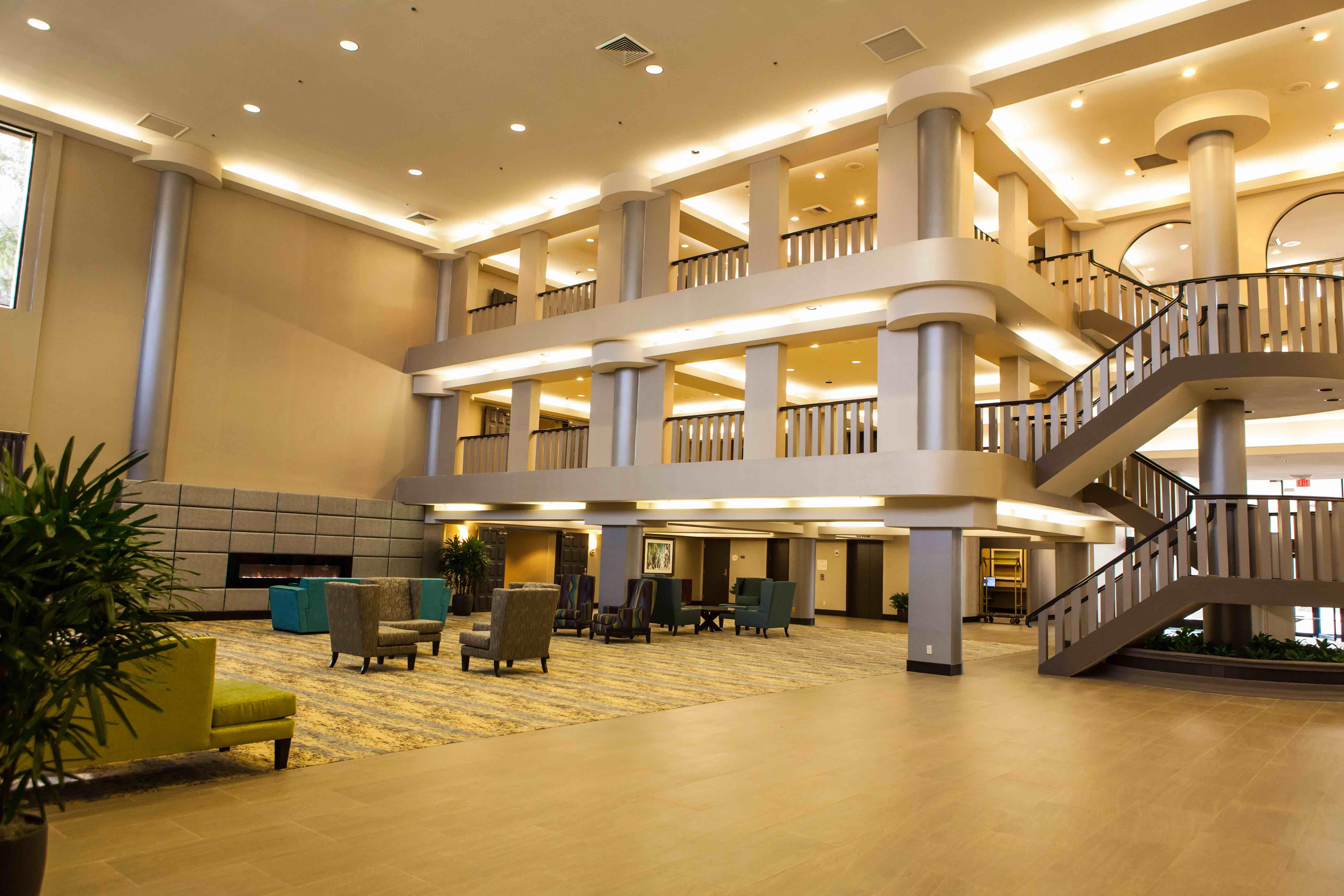 ontario gateway hotel ontario california ca. Black Bedroom Furniture Sets. Home Design Ideas