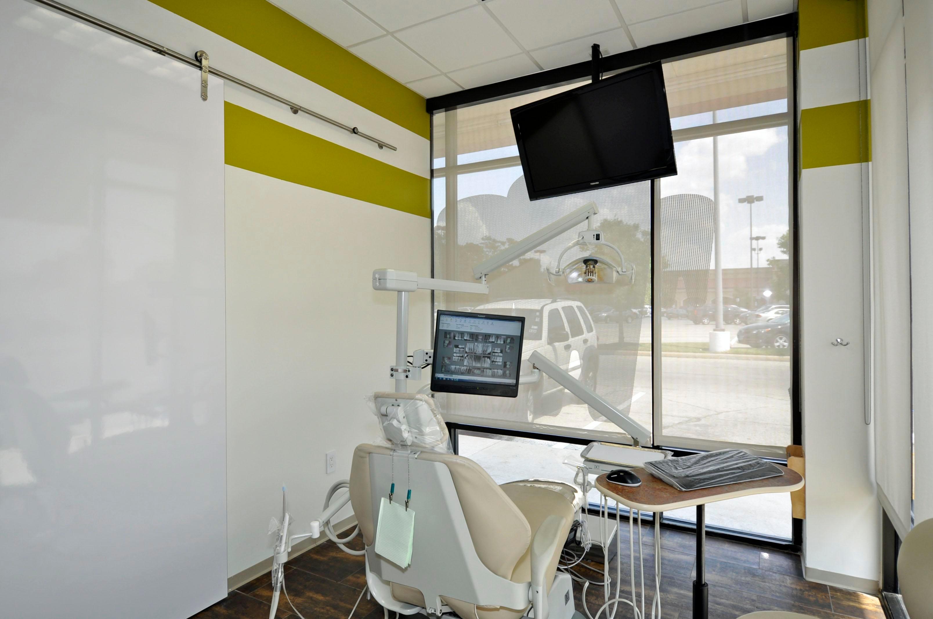 Oak Forest Dental Group and Orthodontics image 4