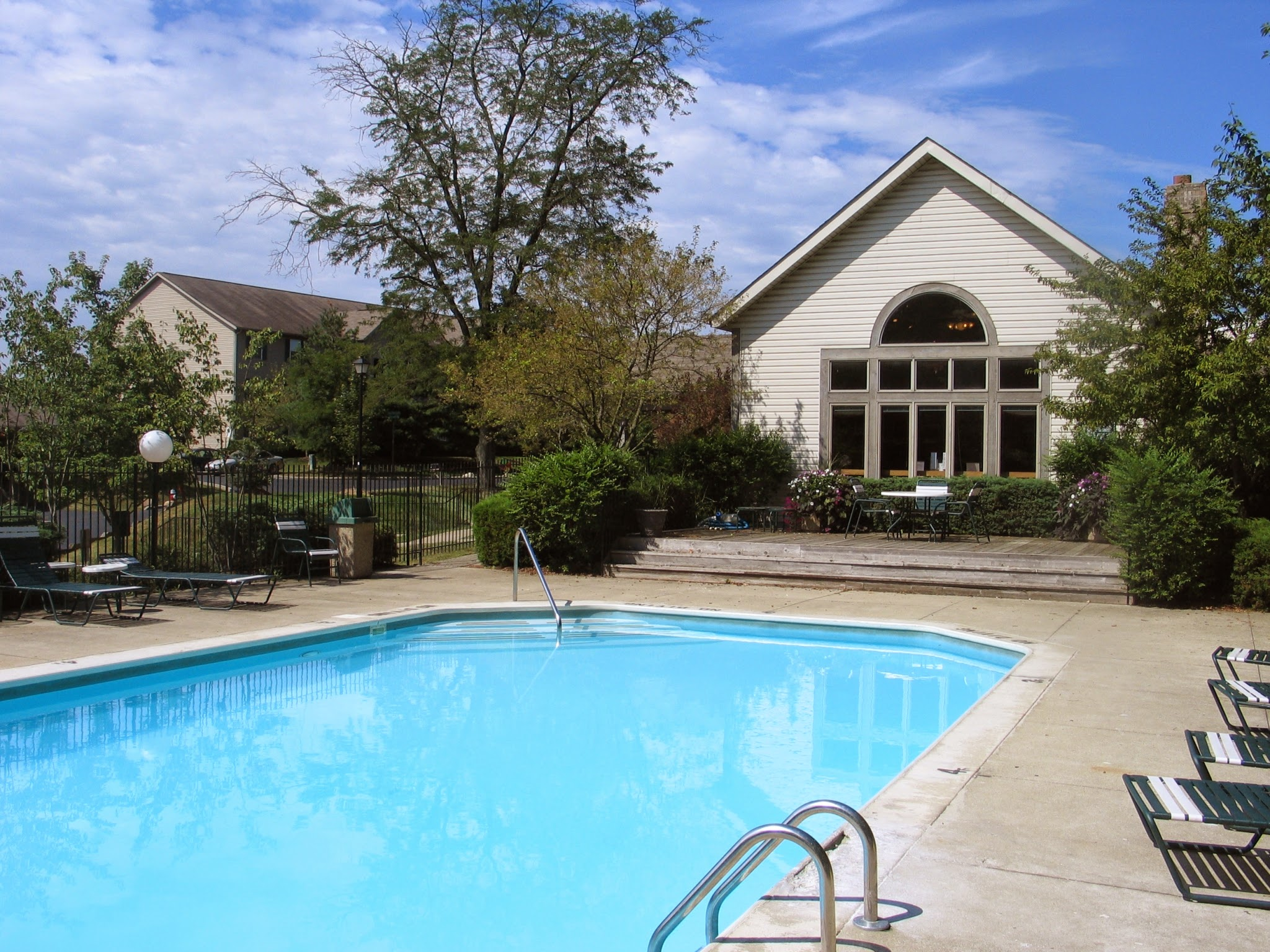 Lake Forest Apartments Westerville