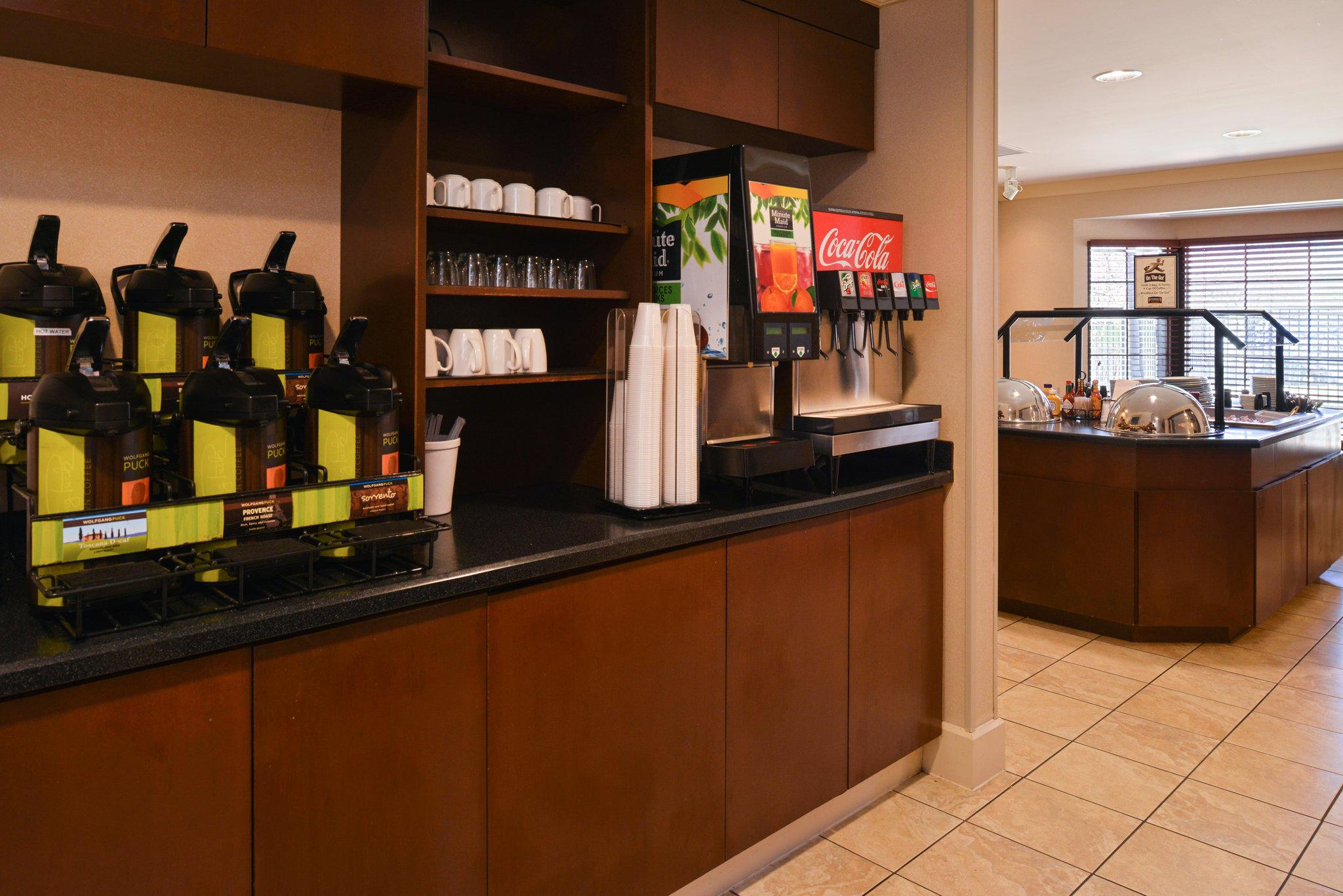 Staybridge Suites Indianapolis-Airport