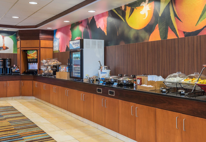 Fairfield Inn Suites By Marriott Buffalo Airport Cheektowaga New York Ny