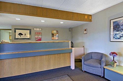 Motel 6 St Louis Bridgeton Mo At 3470 Hollenberg Drive
