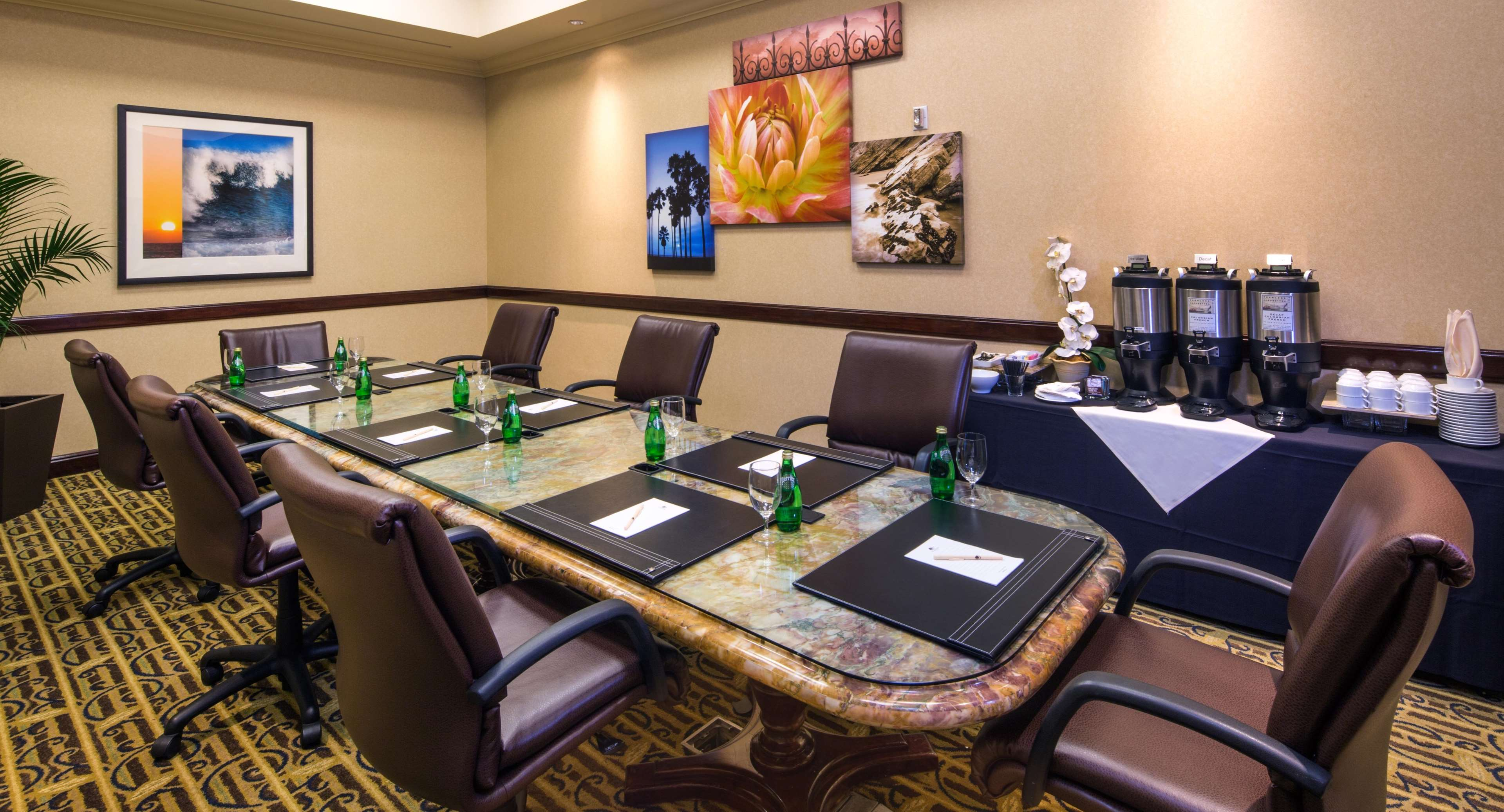 ana meeting santa space Flexible meeting space available for banquets, parties and other social events  the newly renovated all-suite embassy suites santa ana.