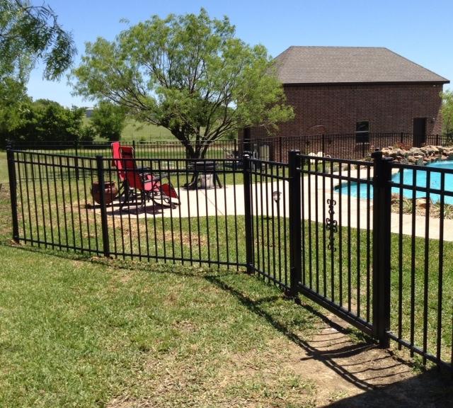 Buzz Custom Fence Fort Worth Texas Tx