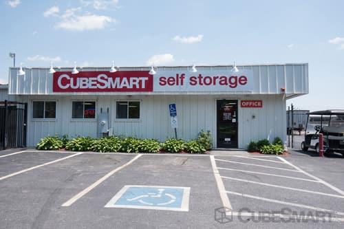 CubeSmart Self Storage - Pawtucket, RI 02860 - (401)723-1897   ShowMeLocal.com