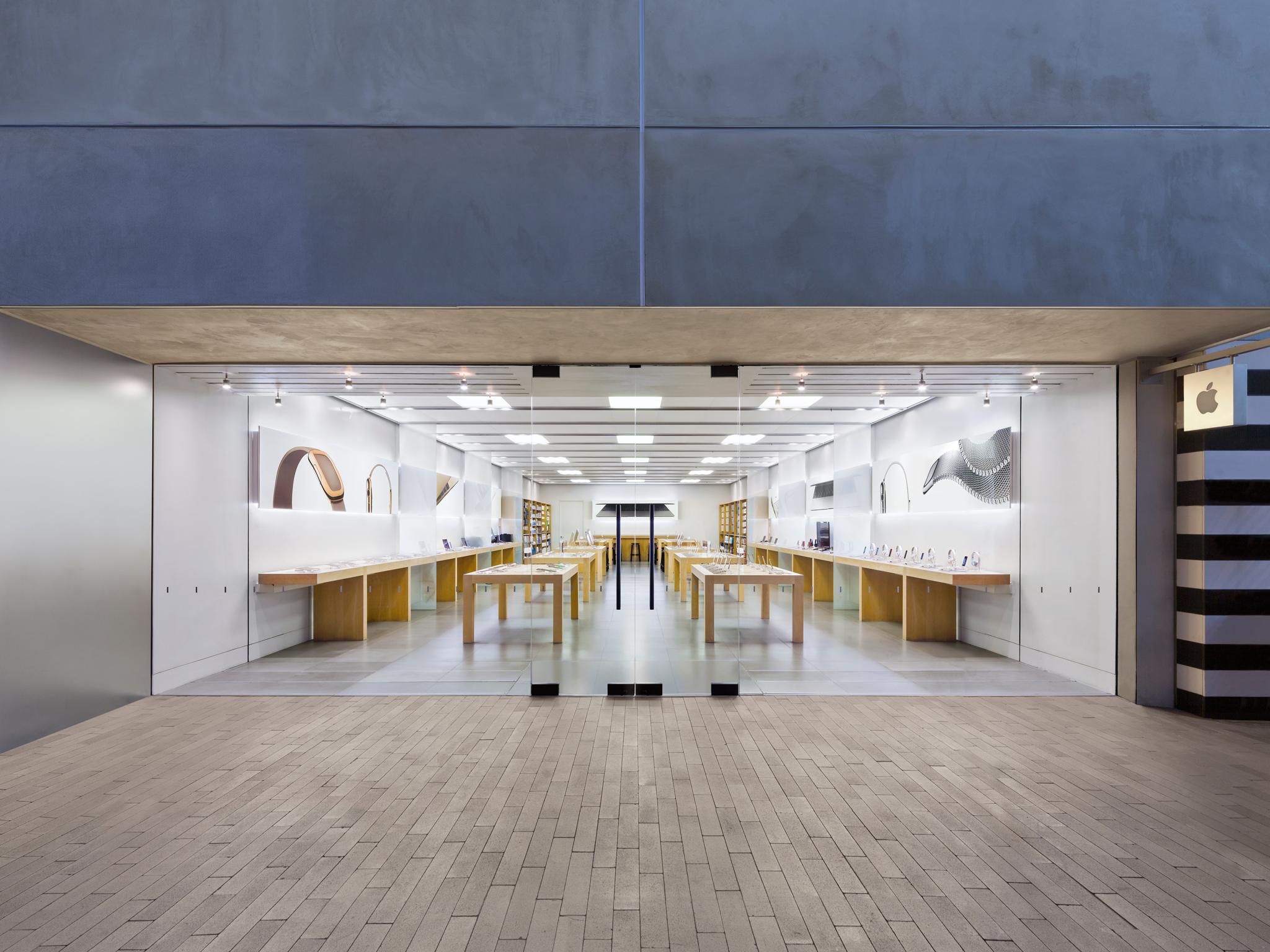 Apple Utc In San Diego Ca 92122 Chamberofcommerce Com