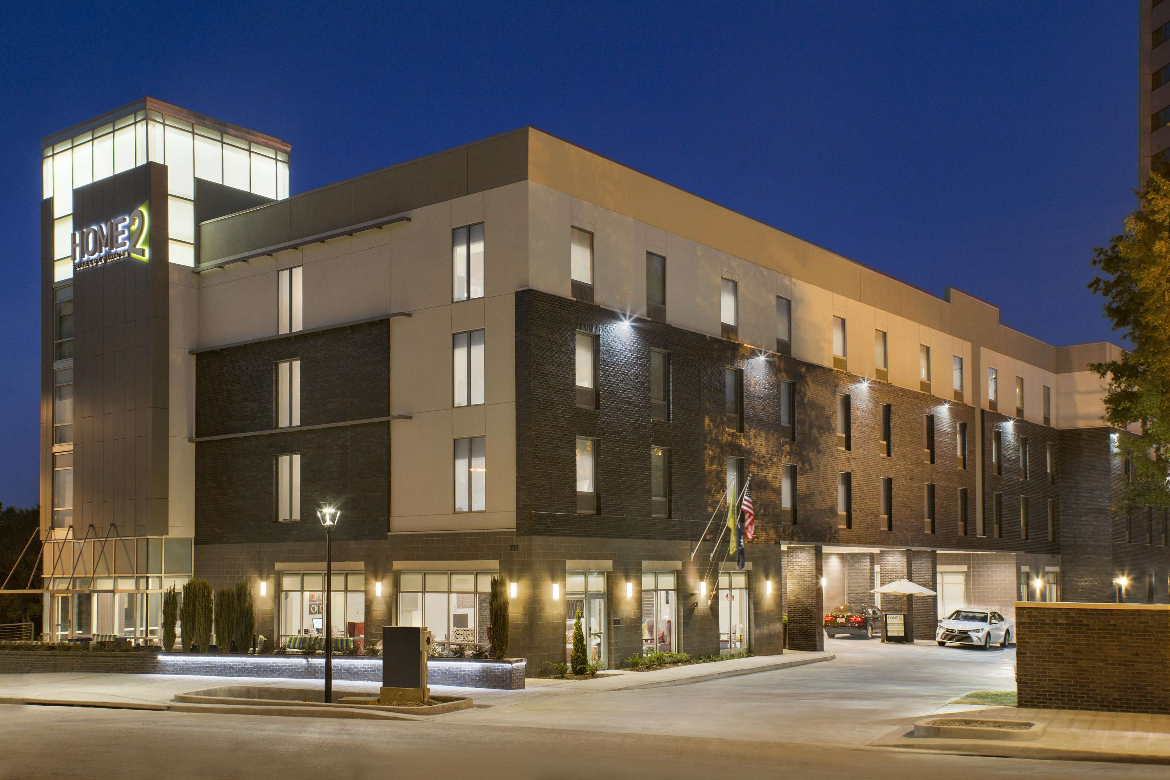 home2 suites by hilton greenville downtown in greenville. Black Bedroom Furniture Sets. Home Design Ideas