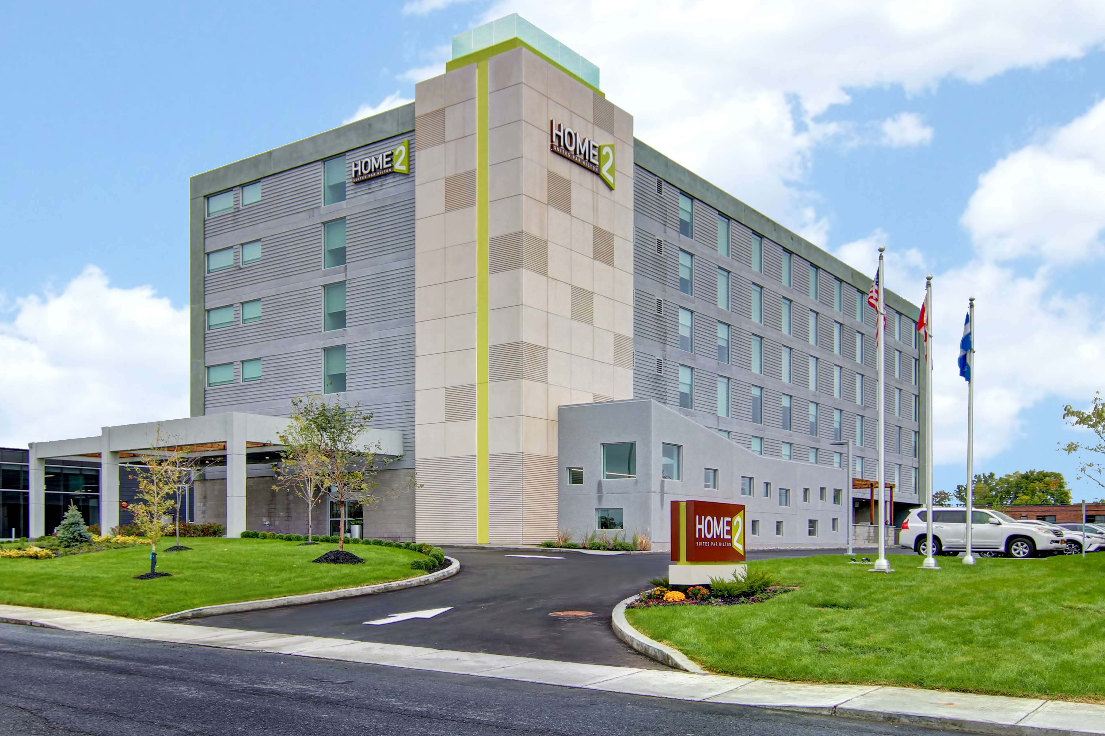 Extended Stay Hotel in QC Dorval H9P 1J1 Home2 Suites by Hilton Montreal Dorval 1855 Transcanadienne  (514)676-8080
