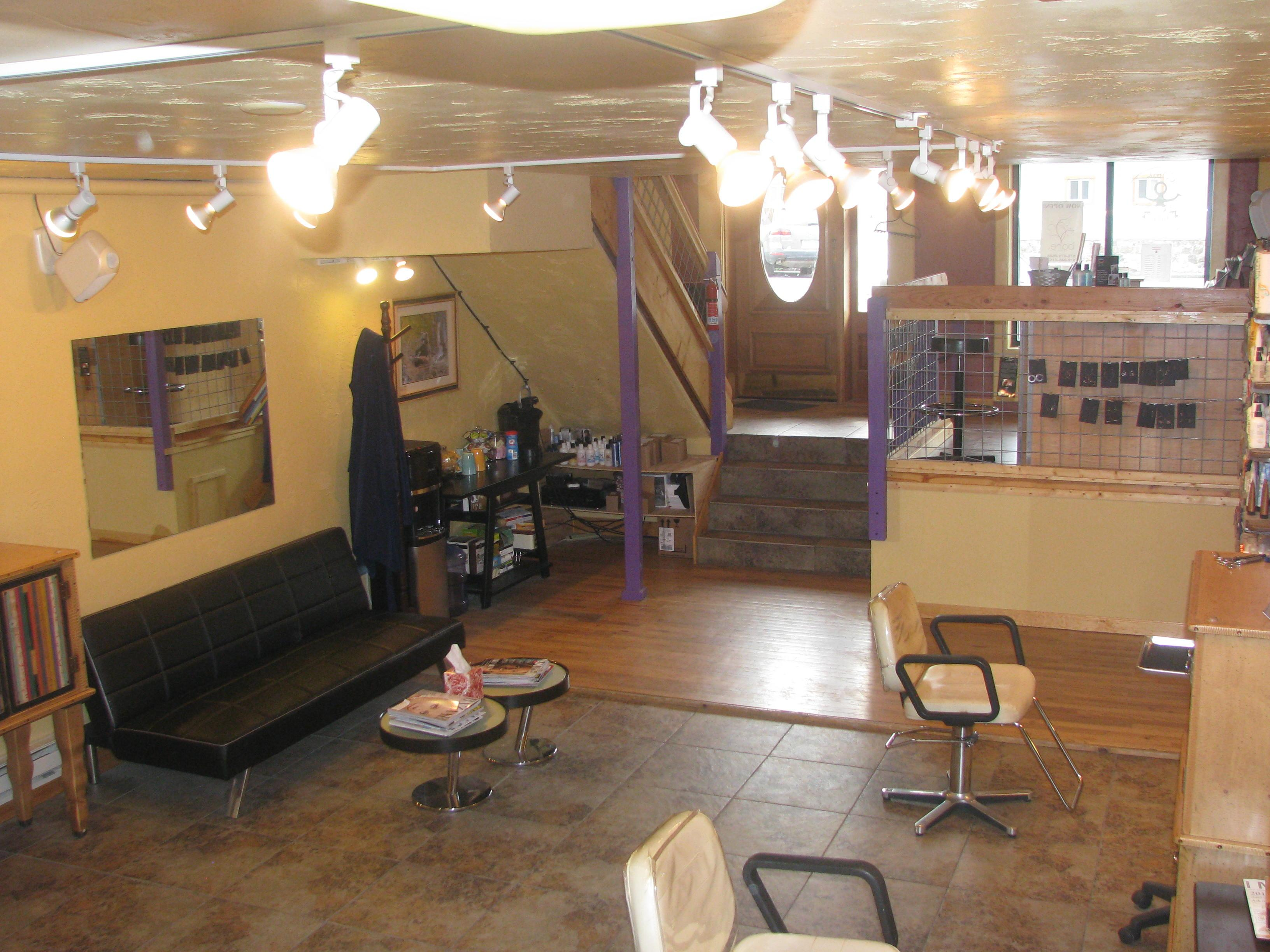 Comb goddess in steamboat springs co 80477 for Acqua salon steamboat