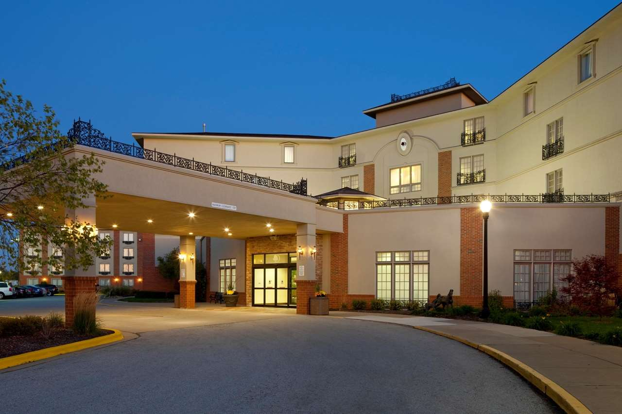 Doubletree By Hilton Hotel Bloomington Bloomington Illinois