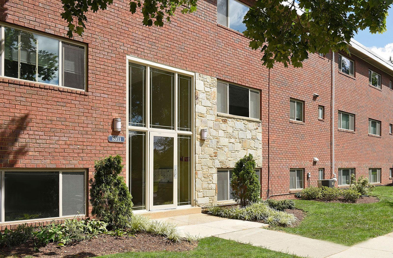 Cardiff Hall Apartments In Towson Md 21204