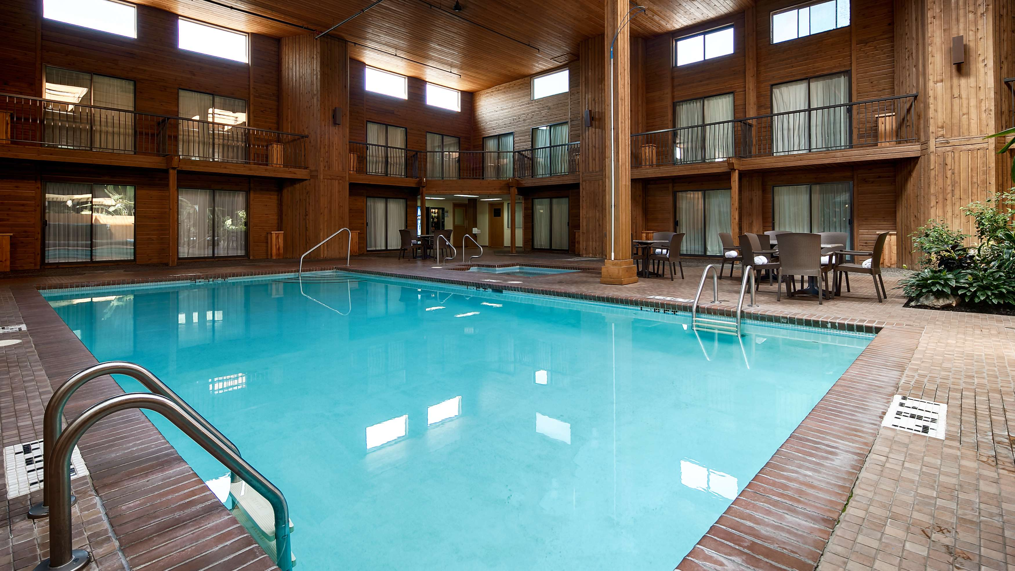 Surestay Hotel By Best Western Chilliwack in Chilliwack: Indoor Pool Facing Rooms