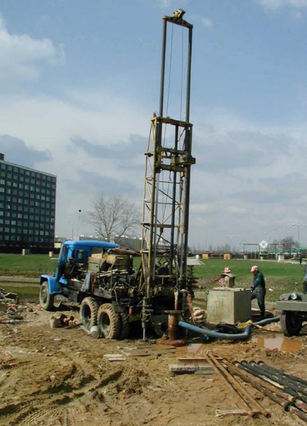 Stavební geologie - VRTÁNÍ STUDNÍ, VRTANÉ STUDNY