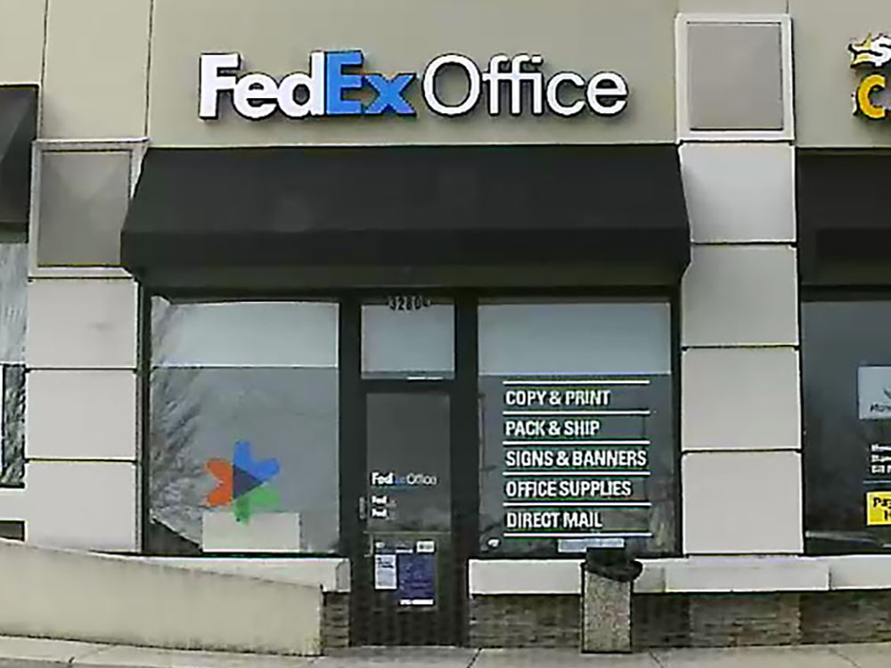 Fedex office print ship center greenville south for Fedex color printing per page