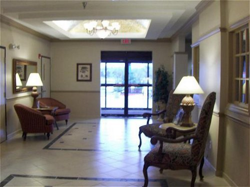 Holiday Inn Express & Suites College Station image 4