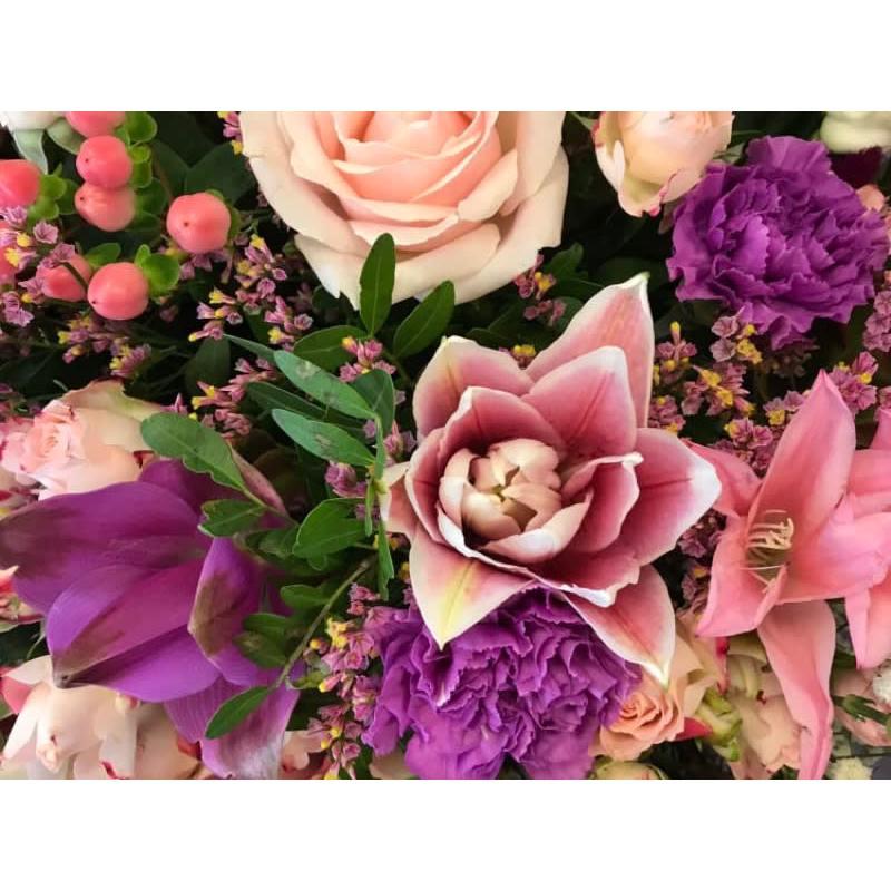 Lavender Hill Florist - Bexley, Kent DA5 2EE - 01322 836340 | ShowMeLocal.com