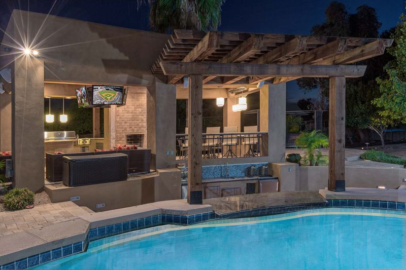 Book My Vacay Scottsdale Vacation Rentals Coupons Near Me In Scottsdale 8coupons