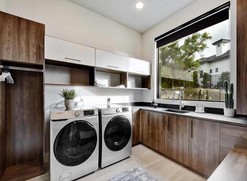 California Closets - Austin Design Studio