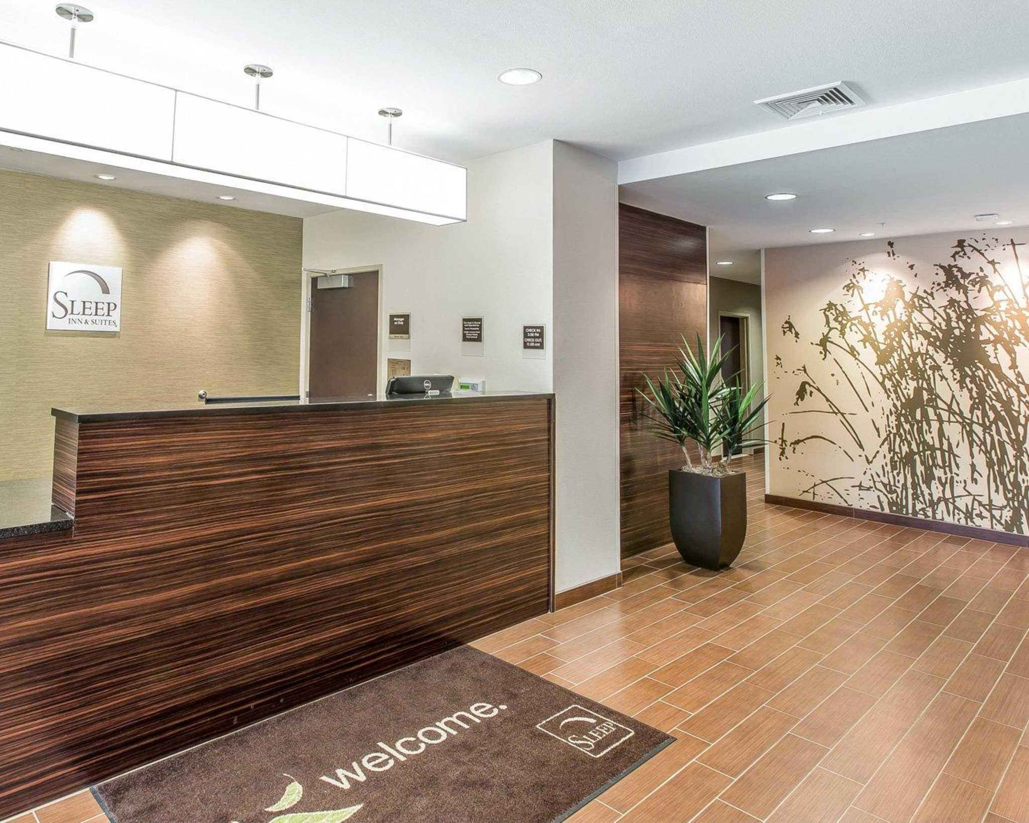 Hotels In Enterprise Al With Indoor Pool