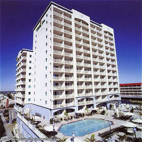 holiday inn hotel suites ocean city ocean city md. Black Bedroom Furniture Sets. Home Design Ideas