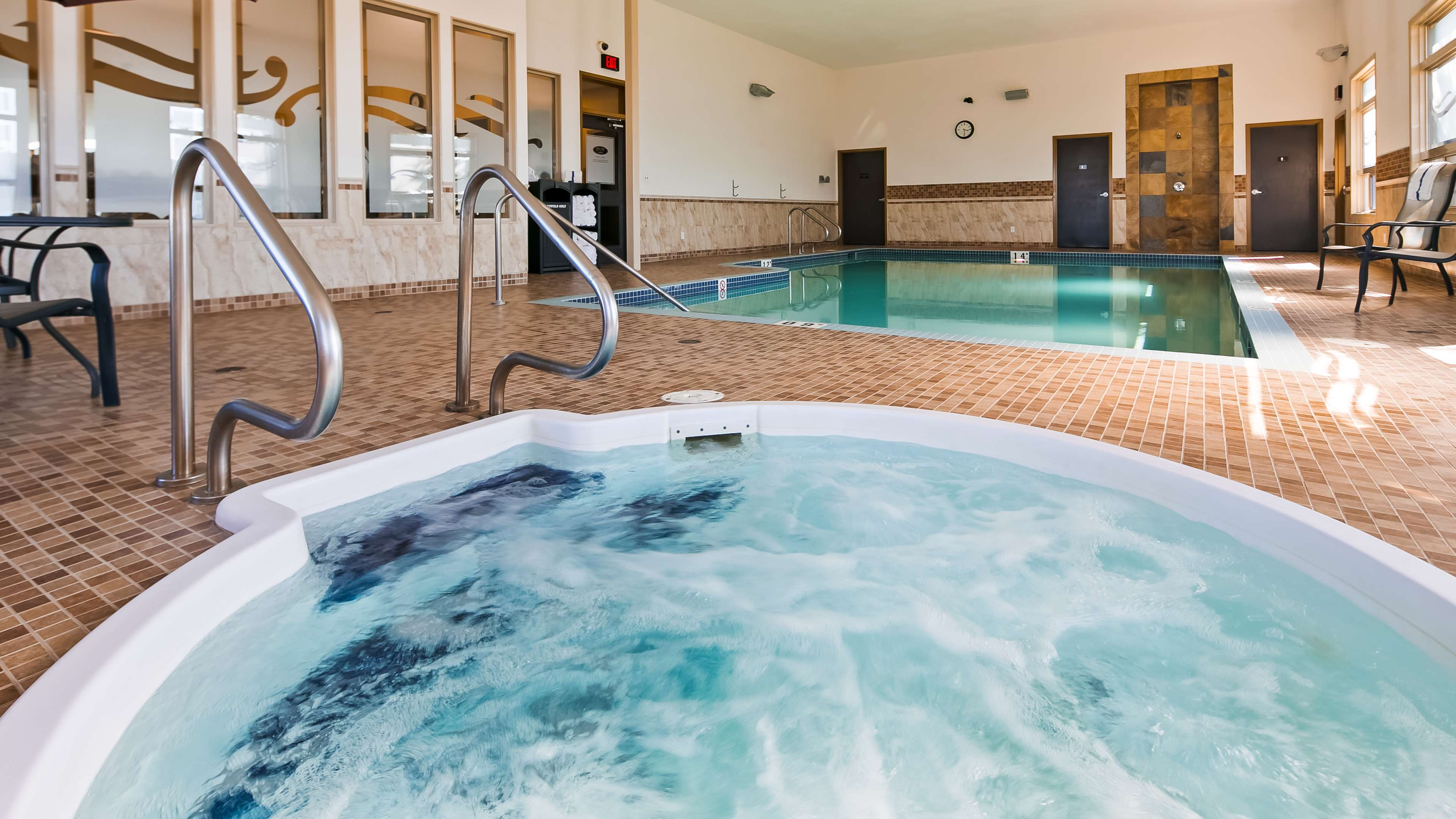 Indoor Pool Hot Tub Best Western Wainwright Inn & Suites Wainwright (780)845-9934