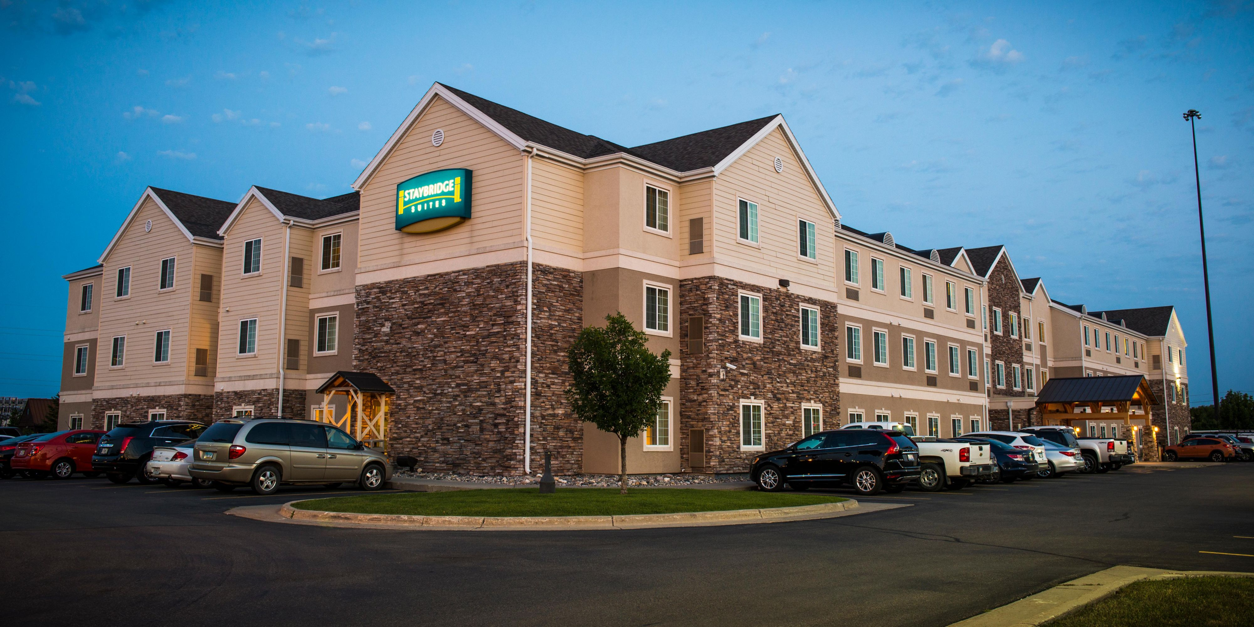 Hotels In Fargo Nd With  Room Suites