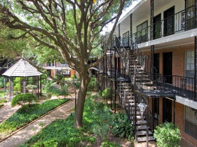 Apartments On Whittington Houston Tx
