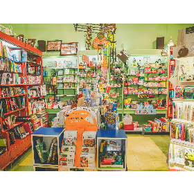Librairie Limasson in Montréal: Tant à explorer ... au rythme du Limasson