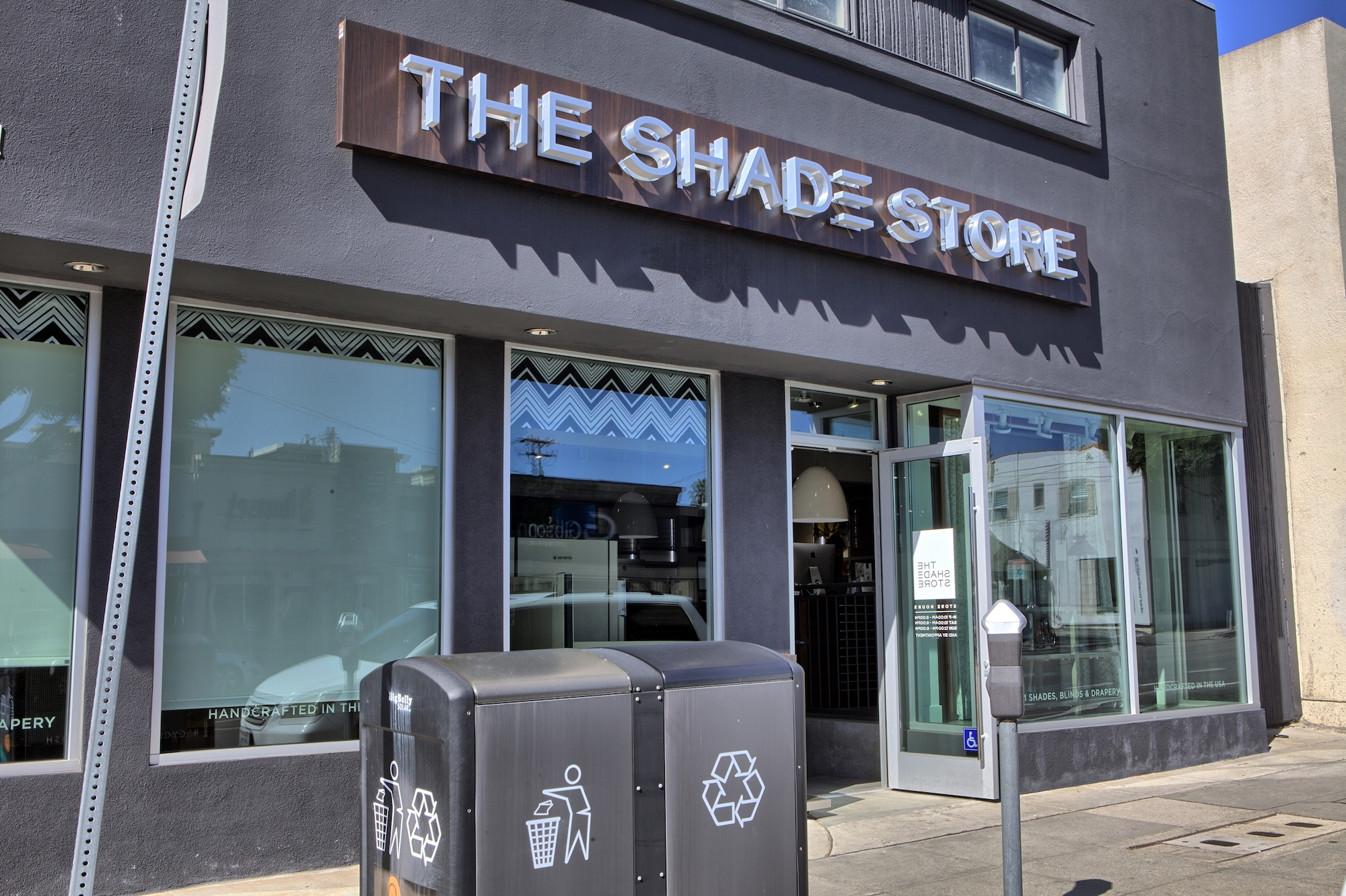 The Shade Store is a great family-owned, faced paced company. Once your particular duties are fulfilled there is usually time to work on assigned processed-based projects/5(11).