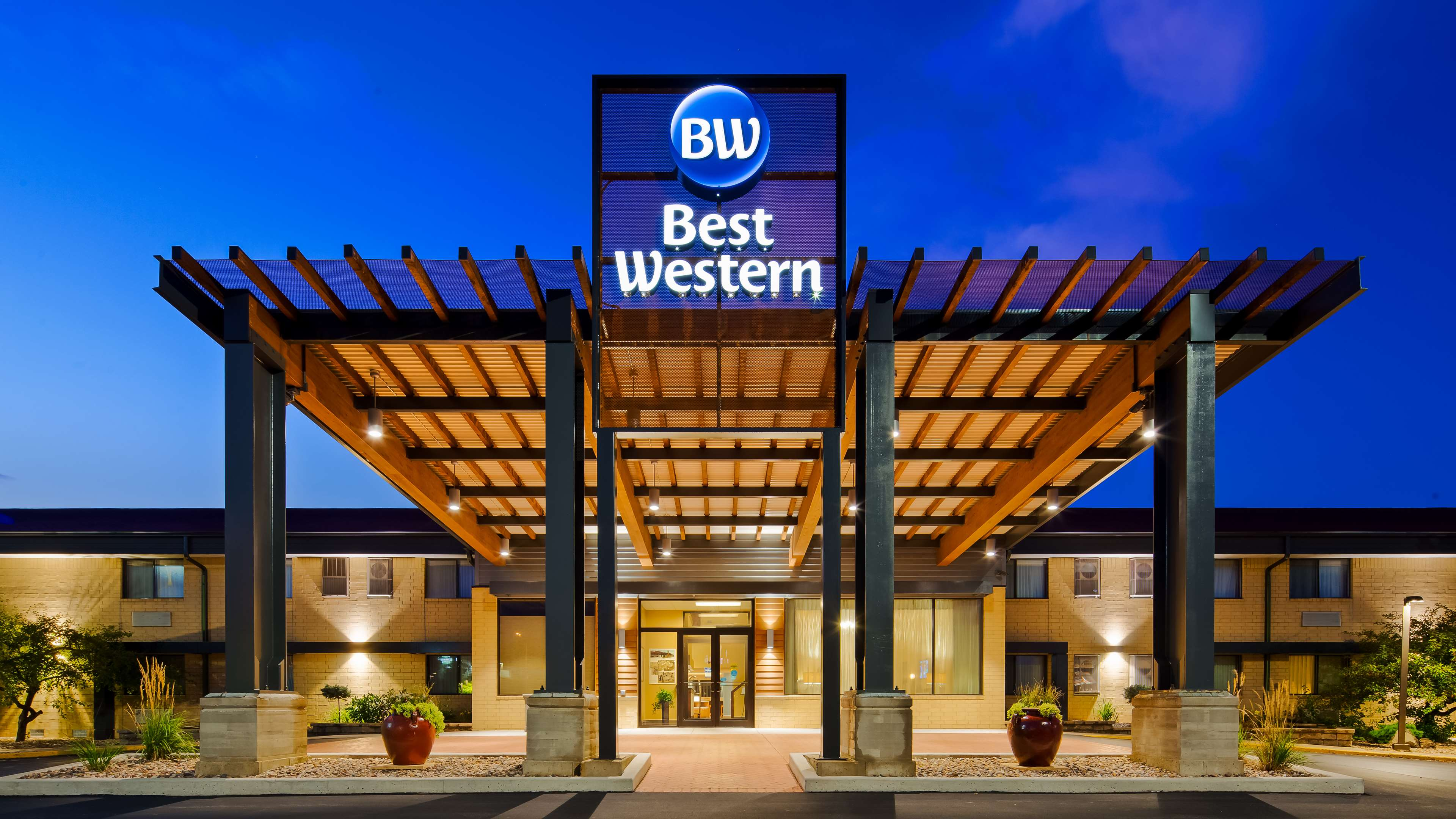 Best Western West Towne Suites Madison Wisconsin Wi Localdatabase Com